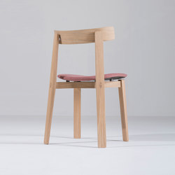 Nora chair | Main Line Flax | Sillas | Gazzda