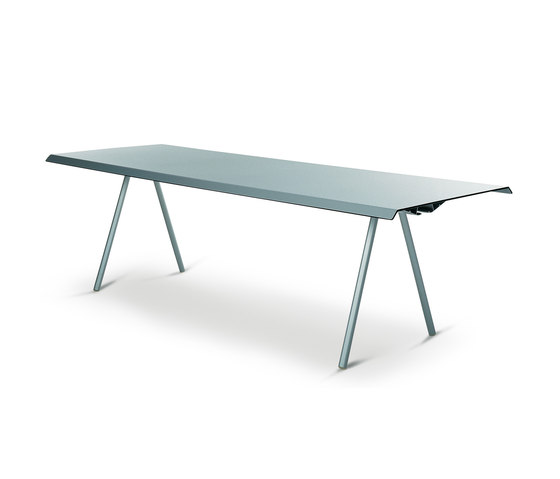 WOGG TIRA Studio Table by WOGG | Dining tables