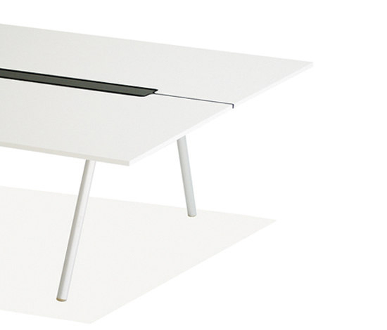 WOGG TIRA Studio Table by WOGG | Individual desks