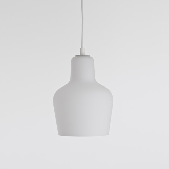 Pendant Lamp A440 by Artek | General lighting
