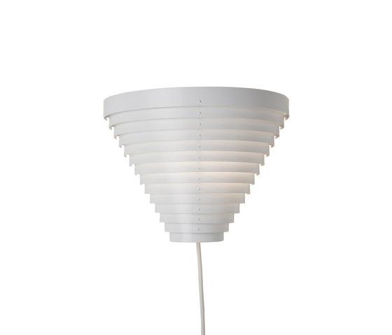 Wall Lamp A910 di Artek | Illuminazione generale