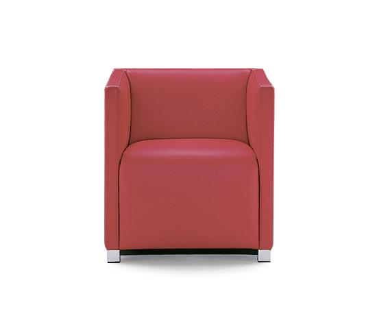Cubica Armchair de Wittmann | Sillones lounge