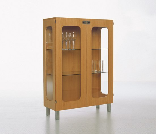 2K 2K372 by Karl Andersson | Display cabinets