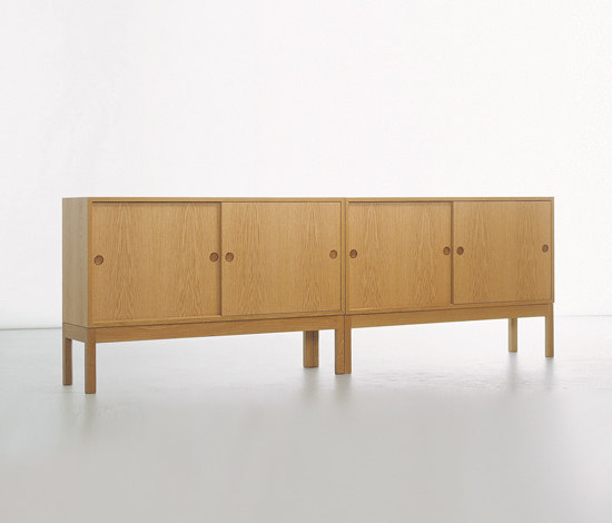 Øresund 852/F23 by Karl Andersson | Sideboards