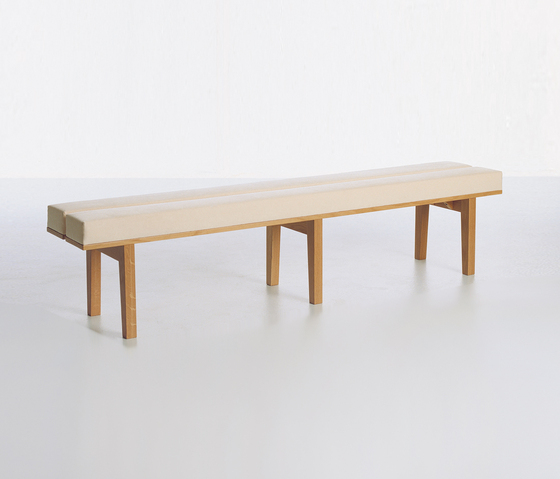 Kamón 373/374 by Karl Andersson | Waiting area benches