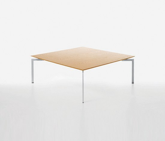 Trippo T2 100 by Karl Andersson | Lounge tables