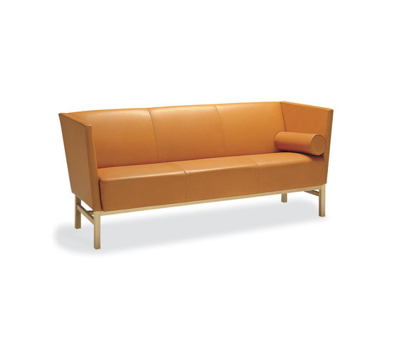 Minimal 3-seater sofa by Materia | Lounge sofas