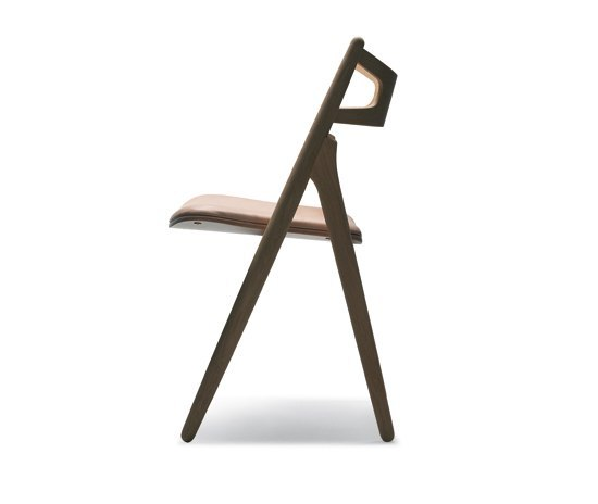 CH29 Sawbuck Chair by Carl Hansen & Søn | Visitors chairs / Side chairs