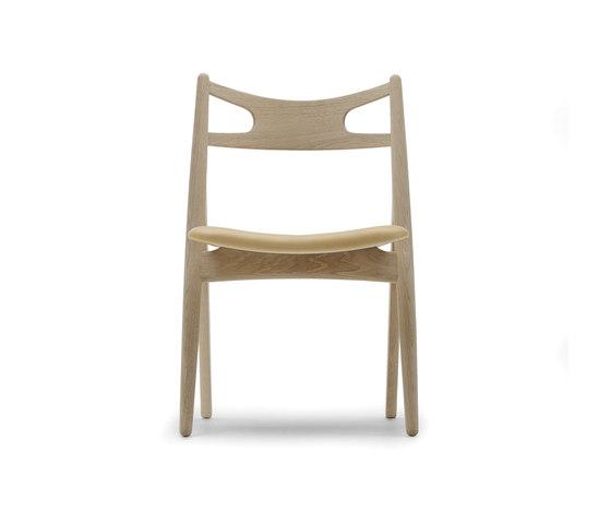 CH29 Sawbuck Chair von Carl Hansen & Søn | Besucherstühle