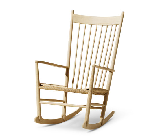 Wegner J16 Rocking Chair by Fredericia Furniture | Armchairs