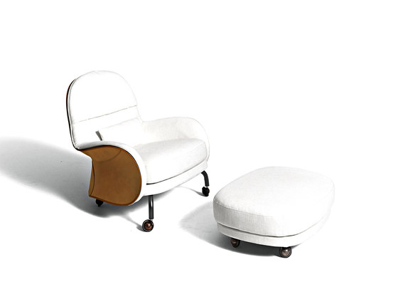 Louisiana by De Padova | Lounge chairs with footstools