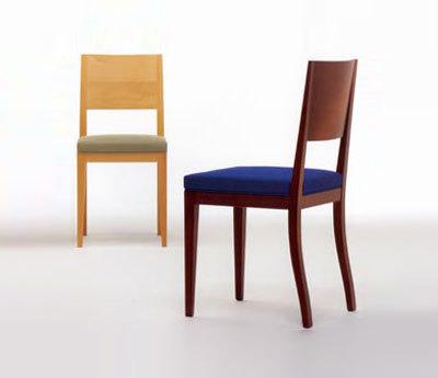 Teresa von Crassevig | Stühle