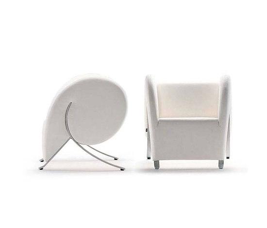 Virgola Armchair by ARFLEX | Lounge chairs