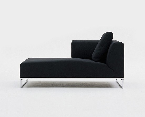 Solo S140LS by B&B Italia | Chaise longues