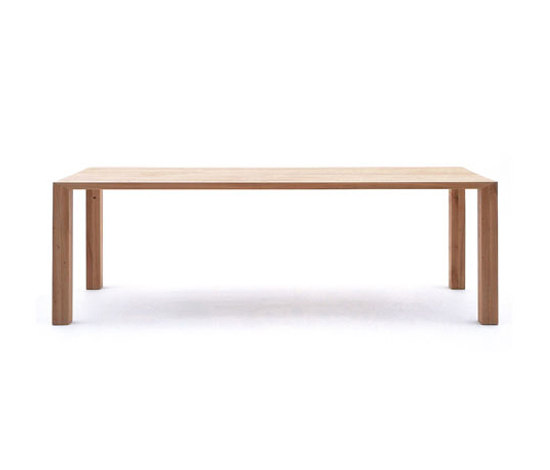 ultimo Table by tossa | Dining tables