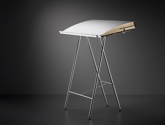 Unistehpult by Atelier Alinea | High desks