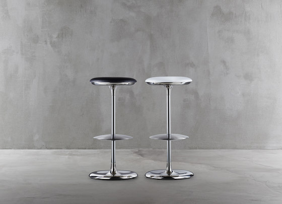 Frisbi 8604-00 by Plank | Bar stools