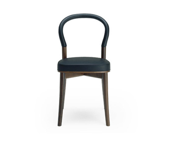501 Goteburg 1 by Cassina | Chairs