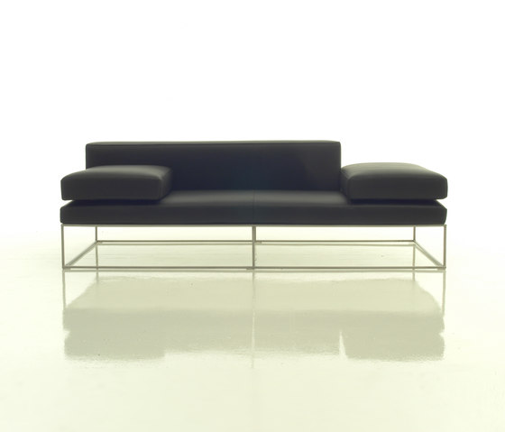 Ile sofa by Living Divani | Lounge sofas