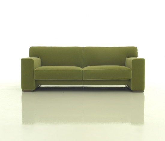 Vintage by Living Divani | Sofas