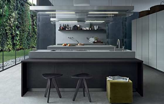 Minimal by Varenna Poliform | Island kitchens