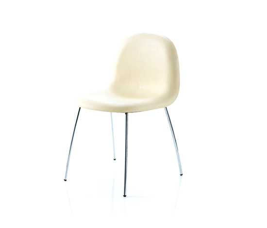 Gubi Chair by GUBI | Visitors chairs / Side chairs