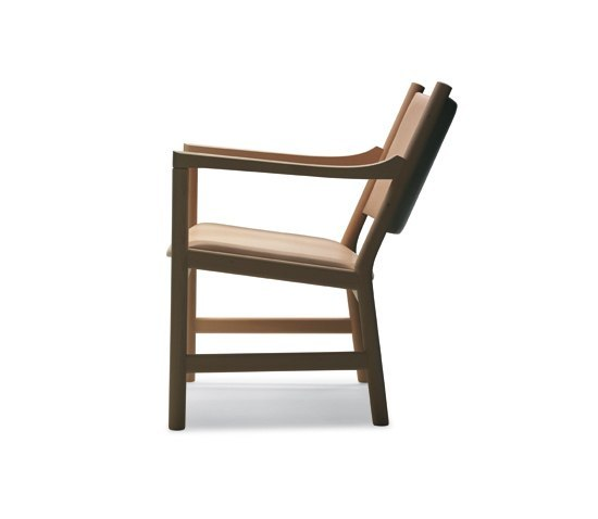 CH52 by Carl Hansen & Søn | Lounge chairs