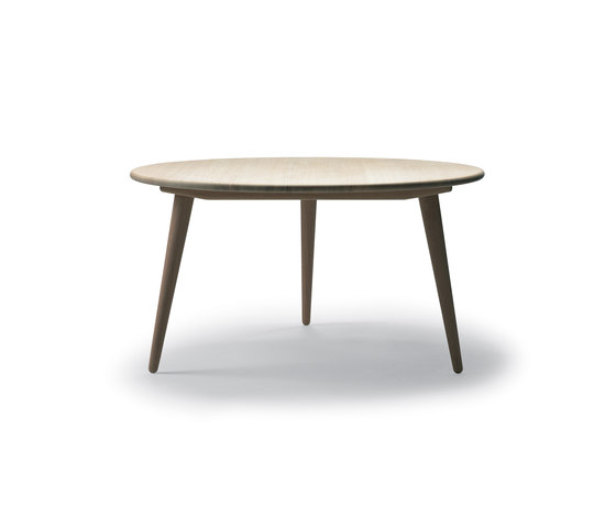 CH008 von Carl Hansen & Søn | Couchtische