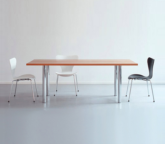 All-purpose Table by Oswald | Individual desks