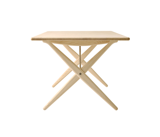 pp85 | Cross Legged Table by PP Møbler | Dining tables
