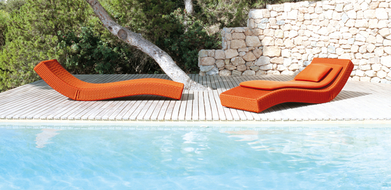 Wave by Paola Lenti | Sun loungers