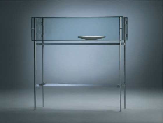 Visibile Horizontal Standing by Alinea Design Objects | Display cabinets