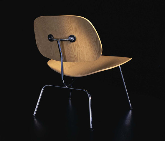 Plywood Group LCM de Vitra | Sillones lounge