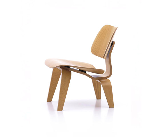 Plywood Group LCW by Vitra | Lounge chairs