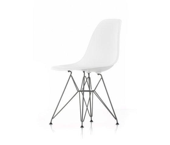 eames plastic side chair by vitra dsr dsw dsx product. Black Bedroom Furniture Sets. Home Design Ideas