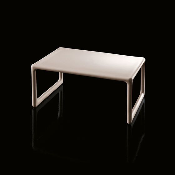 Low Air-Table by Magis | Lounge tables