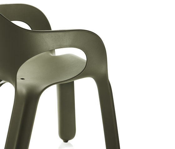 Easy Chair by Magis | Visitors chairs / Side chairs