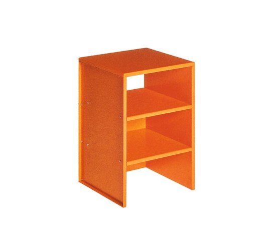 Judd No.4 table di Donald Judd by Lehni | Tavolini alti