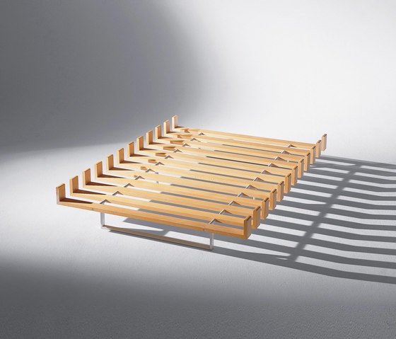 Bitzer | Bed Das Feld der Niemande by Schmidinger Möbelbau | Bedframes