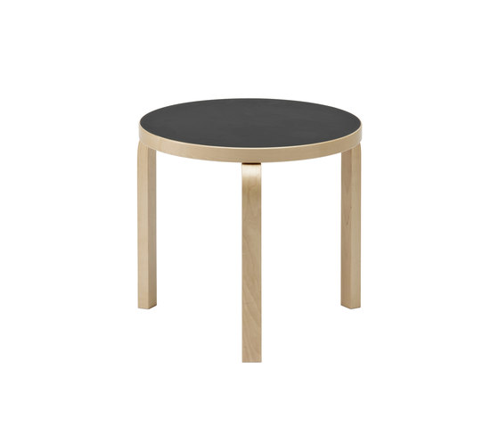 Table 90D di Artek | Tavoli caffetteria