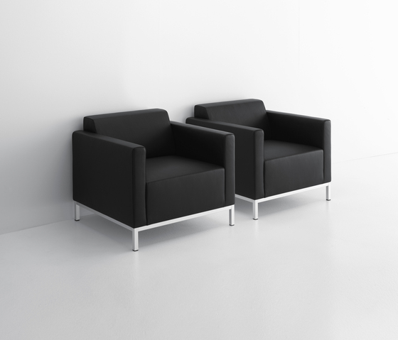 Pad armchair* by MDF Italia | Armchairs