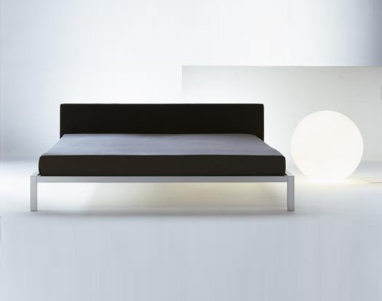 aluminium beds soft by mdf italia product. Black Bedroom Furniture Sets. Home Design Ideas
