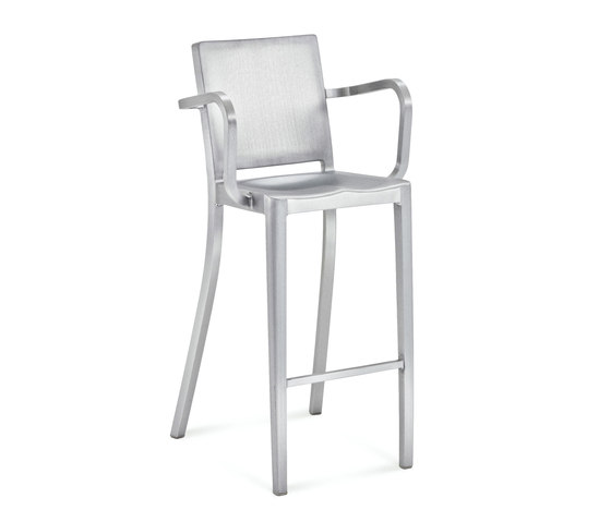 Hudson Barstool with arms de emeco | Taburetes de bar