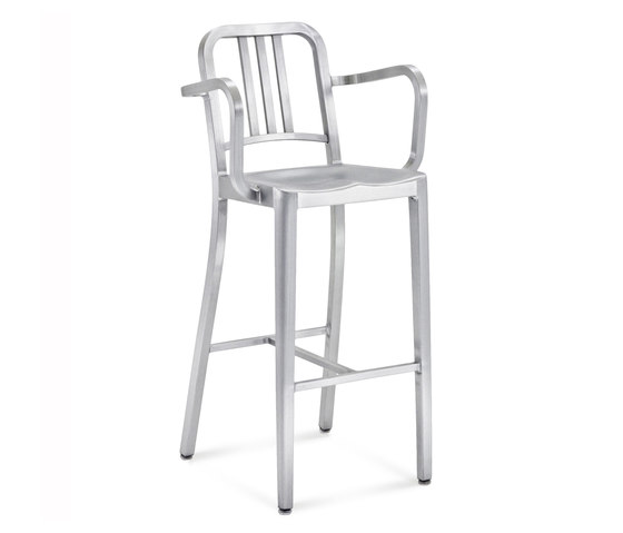 Navy® Barstool with arms von emeco | Barhocker