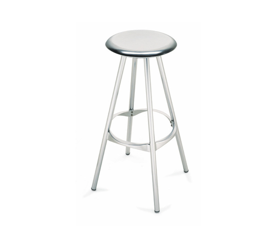 Twist by Amat-3 | Bar stools