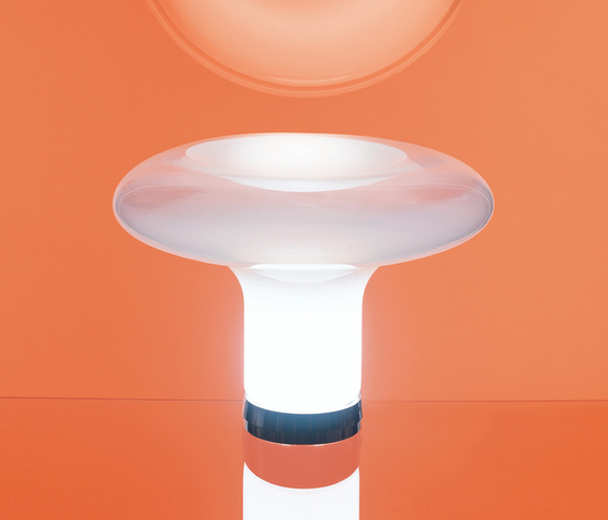 Lesbo Table Lamp by Artemide | General lighting