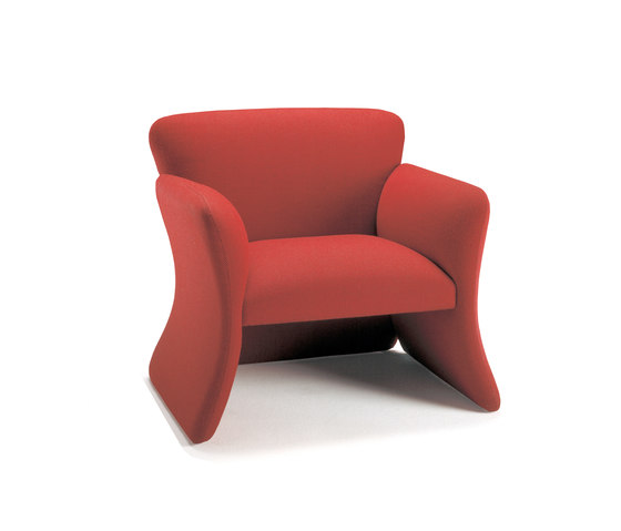 Mondial Easy Chair with low armrest de Getama Danmark   Sillones