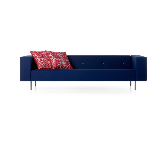 bottoni Triple seater by moooi | Lounge sofas