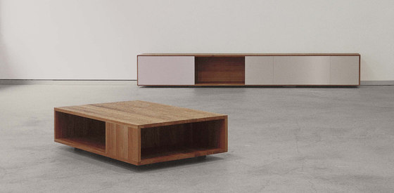 FLAT sidetable by Sanktjohanser | Coffee tables