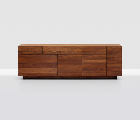 Side Long by Zeitraum | Sideboards